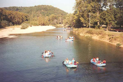 Illinois River floaters