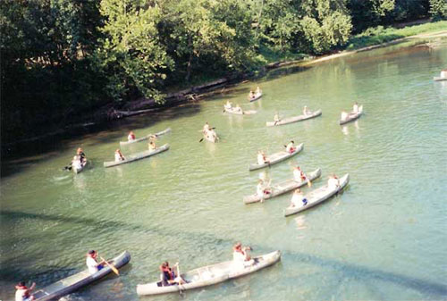 Illinois River canoe race